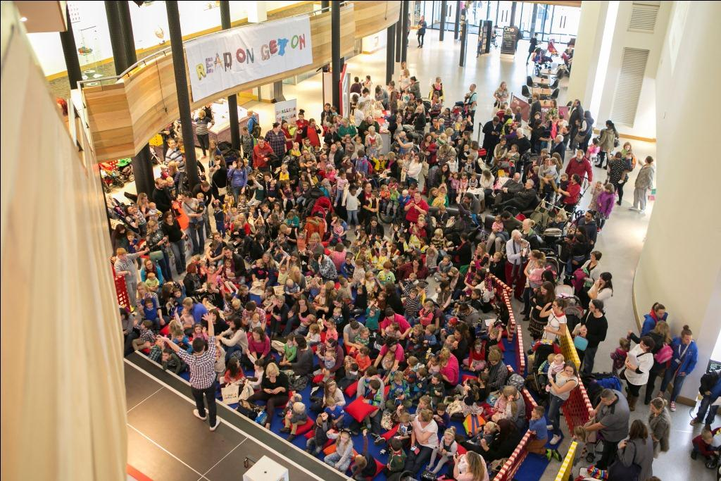 Read On Get On crowd in shopping centre